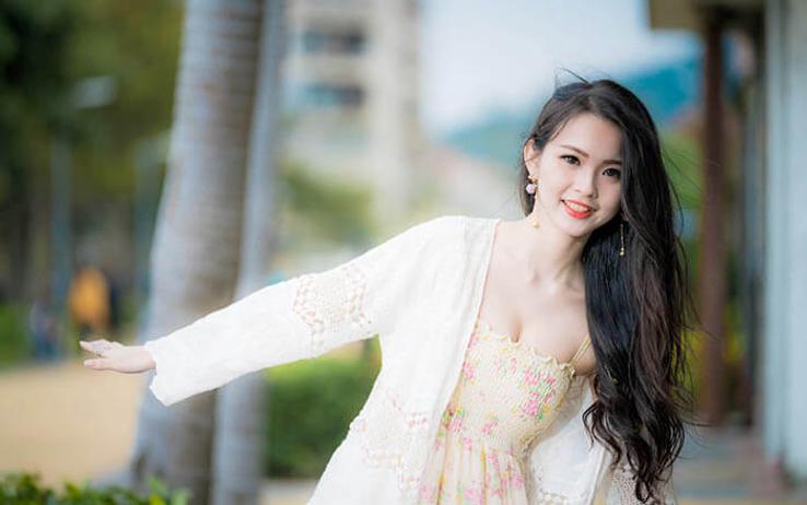 smiling thai woman